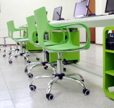 TecnoEdu - Mobiliario para Laboratorios de Idiomas